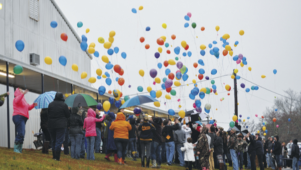 Holley Cochran / The Prentiss Headlight – Students and friends of Prentiss Christian School student Kaylan Ainsworth gathered on Saturday for a balloon lift-off in remembrance, honor and celebration of her young life.